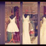 ウェディングドレスの人気は?デザインの種類や選ぶポイントまとめ