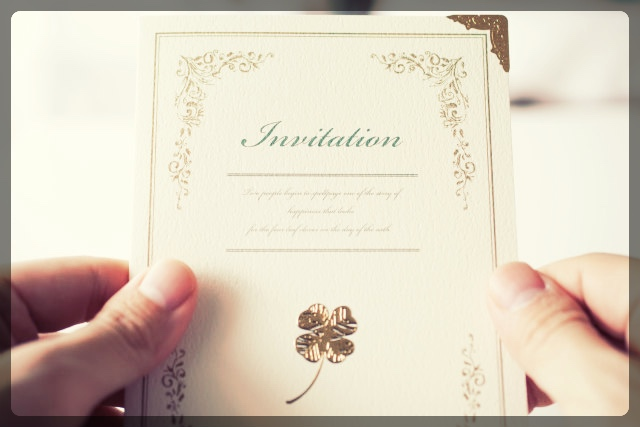結婚式の招待状も早めに